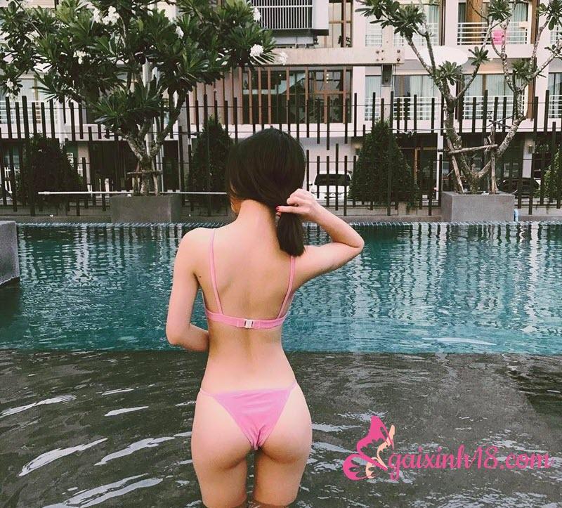 jun-vu-bikini-hong-4