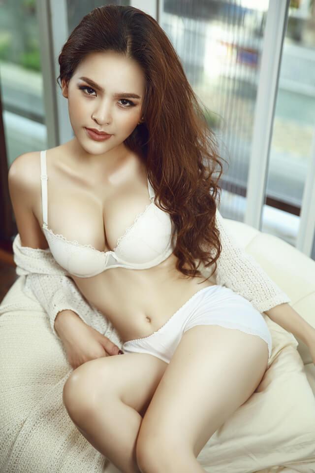 Phi Huyền Trang và những thăng trầm sự nghiệp