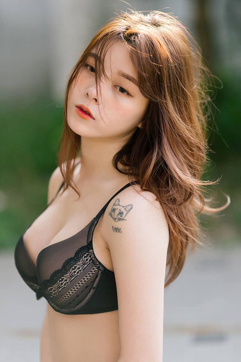 Suchada pramoulkan sexy 3